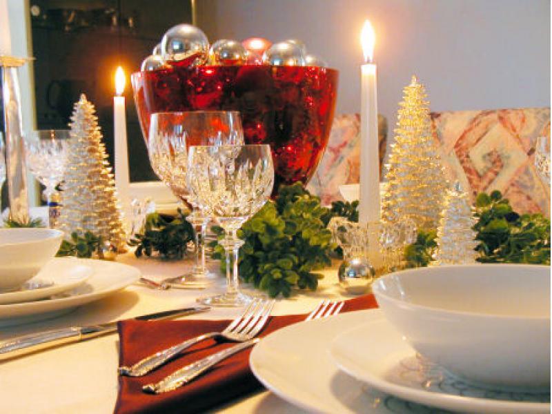В ожидании Новогодних праздников! Красивая сервировка новогоднего стола.